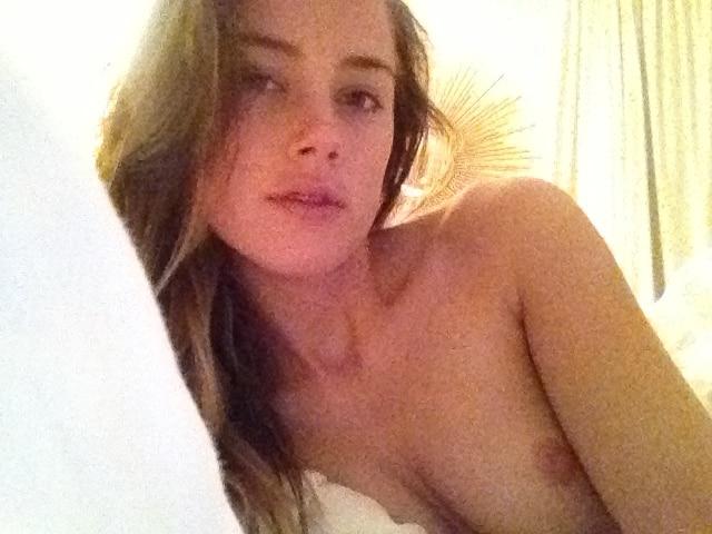 Amber Heard Fappening Nude Leaks (36)