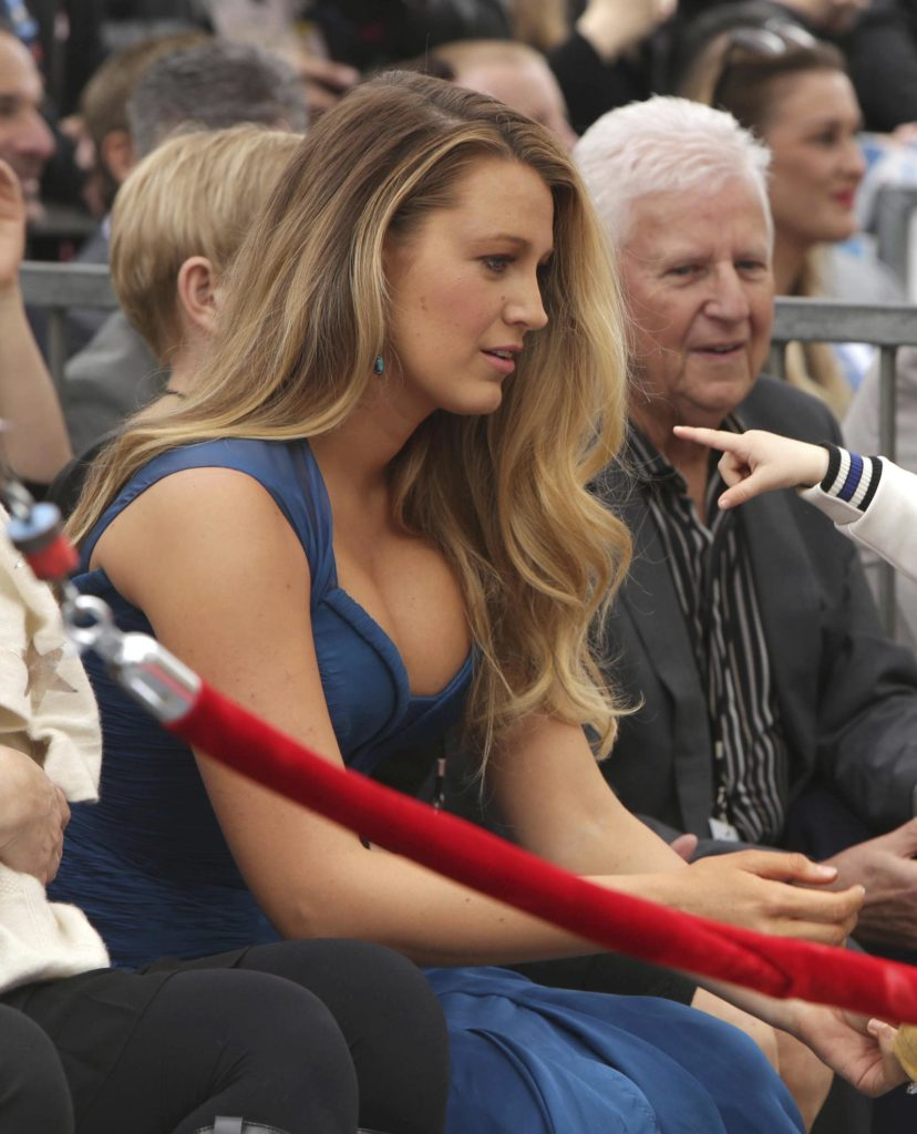 Blake Lively tits about to pop out