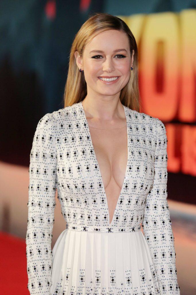 Brie Larson Sexy Pics (3)