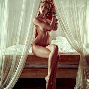 Candice Swanepoel   CelebrityRevealer 21