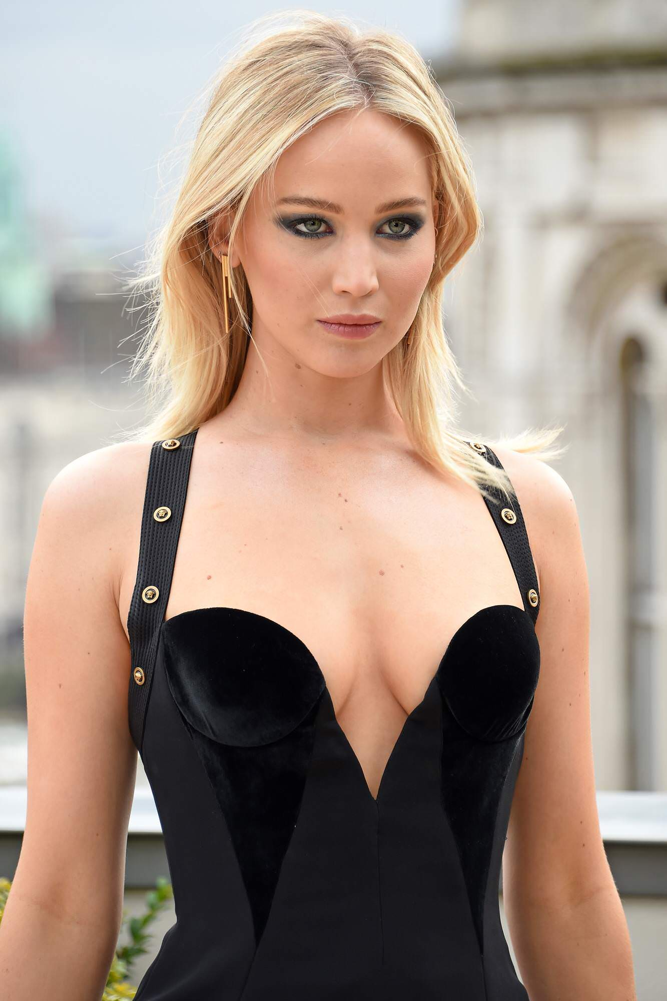 Jennfer Lawrence sexy pics 8