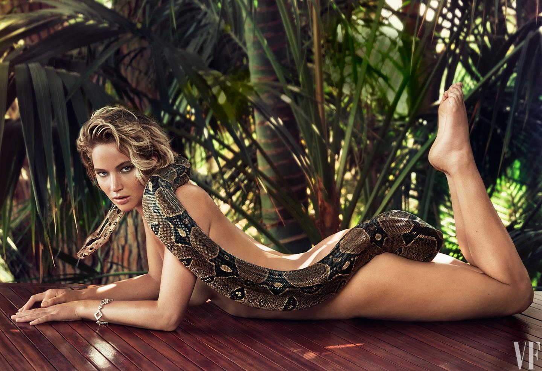 Jennifer Lawrence naked with snake