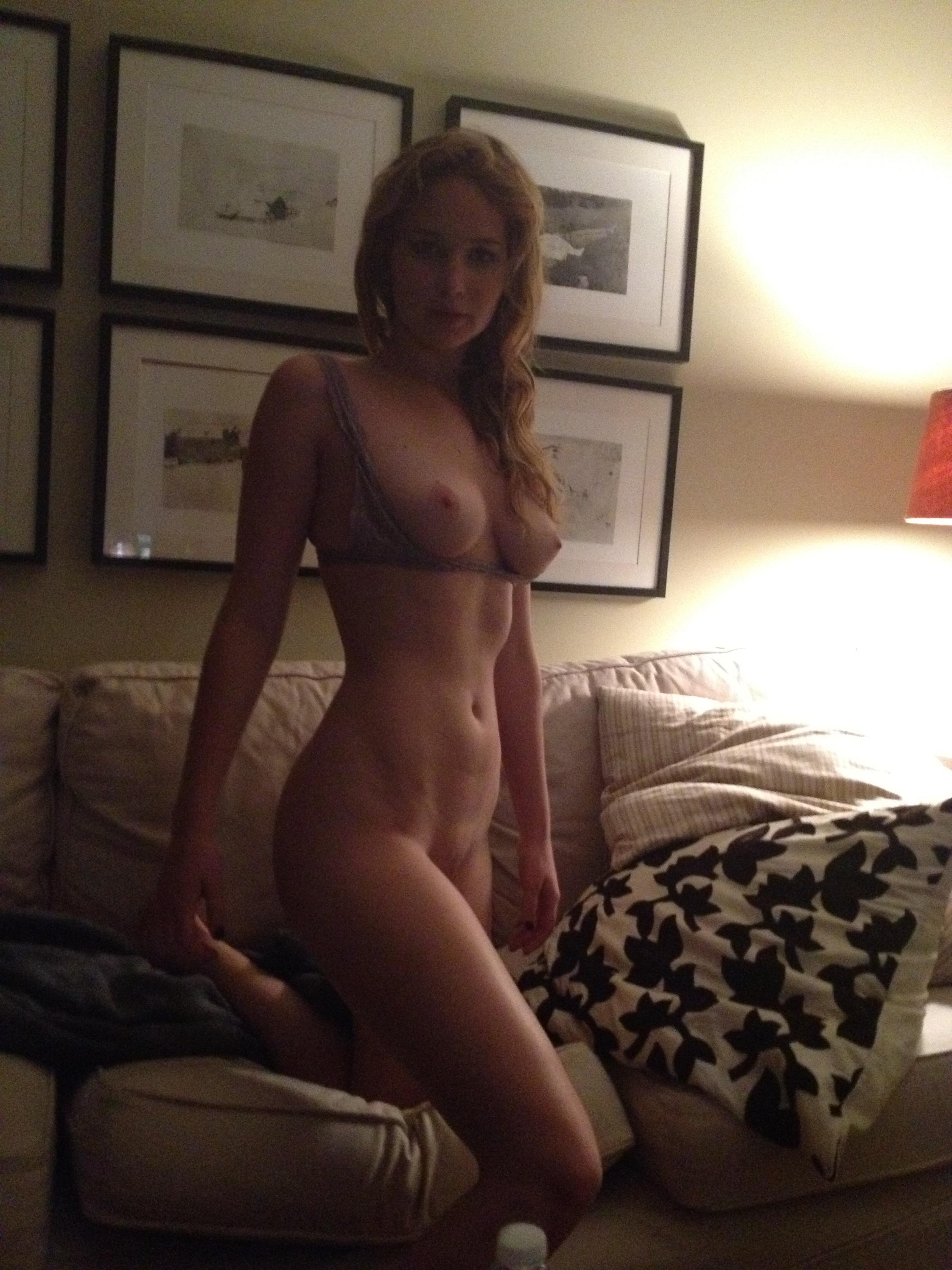Jennifer Lawrence nude fappening pics (79)