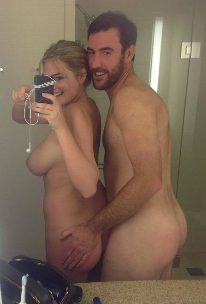Kate Upton nude selfie showing off tits and ass with nude boyfriend