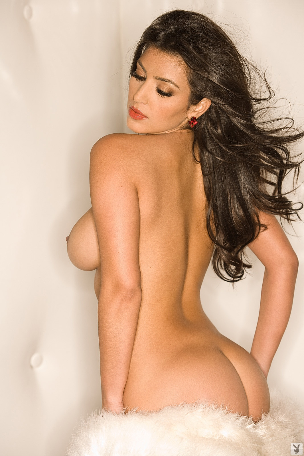 Kim Kardashian tit exposed while completely naked for playboy magazine