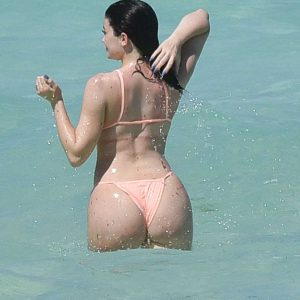 kylie jenner's ass cheeks in turks and caicos