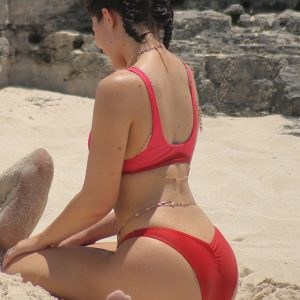 Kylie Jenner red bikini in turks and