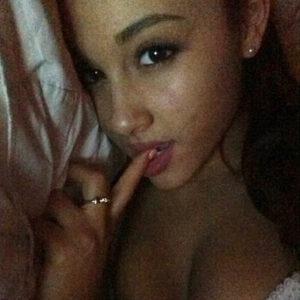 Ariana Grande naughty slut