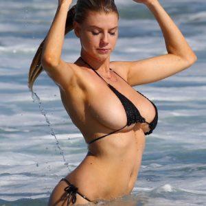 Charlotte McKinney Nip Slip (3)
