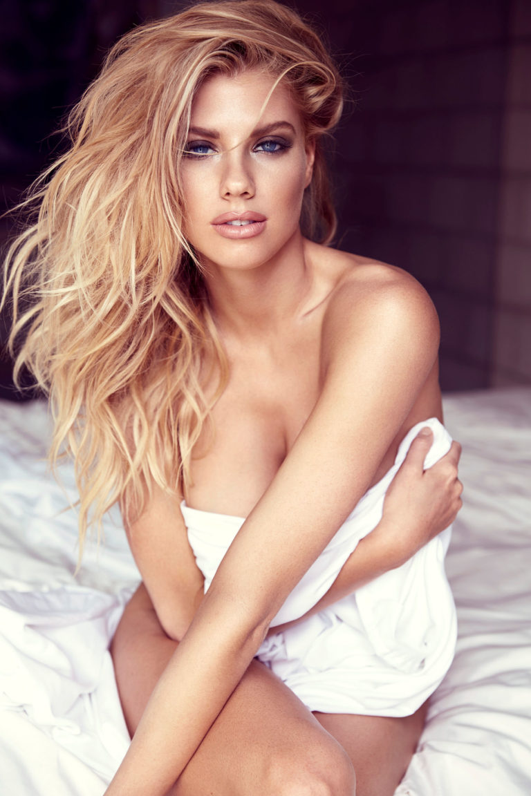 Charlotte McKinney sexy shoot undressed (2)