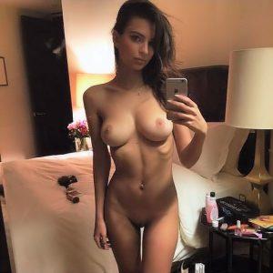 em rata taking naked selfie