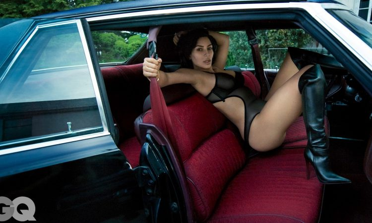 Kim Kardashian poses nude for GQ magazine