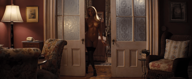 Margot Robbie Nude by doorway (1)