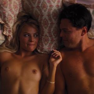 Margot Robbie Sex Scene Wolf of Wall Street (1)