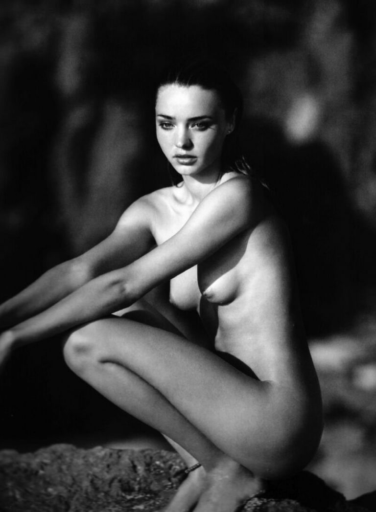 completely naked miranda kerr black and white