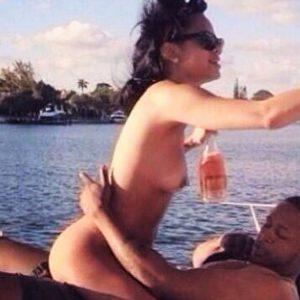 Rihanna Sex Tape Leaked on iCloud!