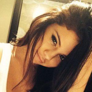 selena gomez sex tape pic selfie