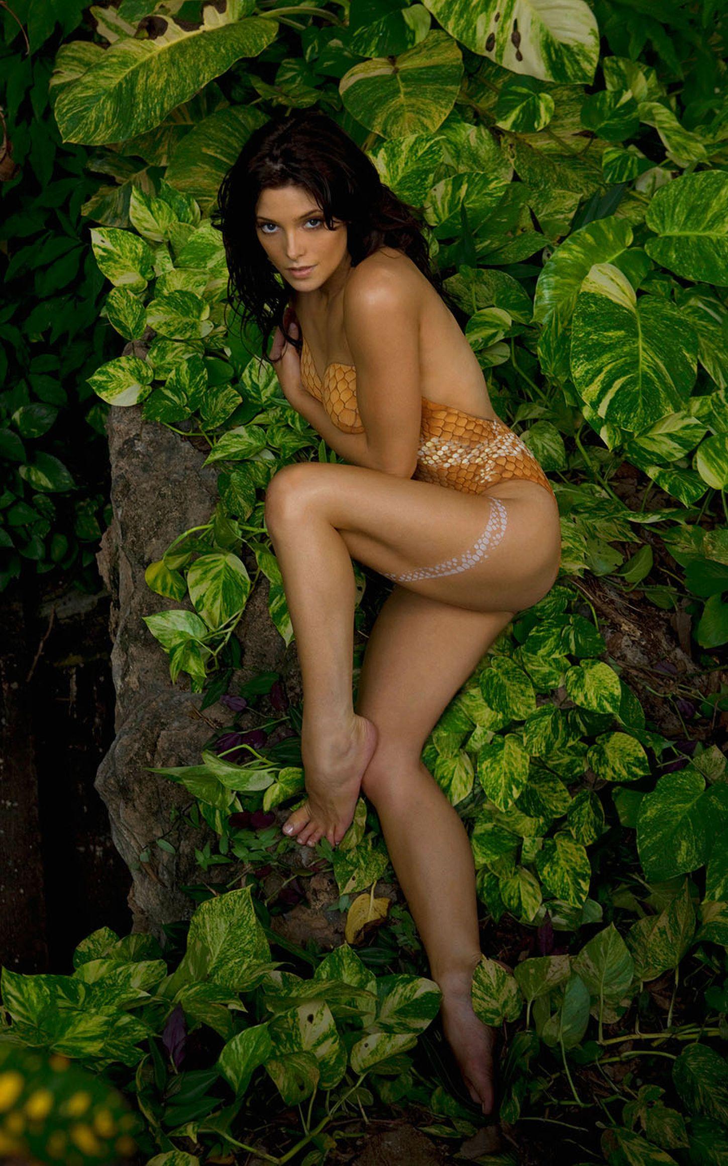 Ashley Greene body paint shoot (12)