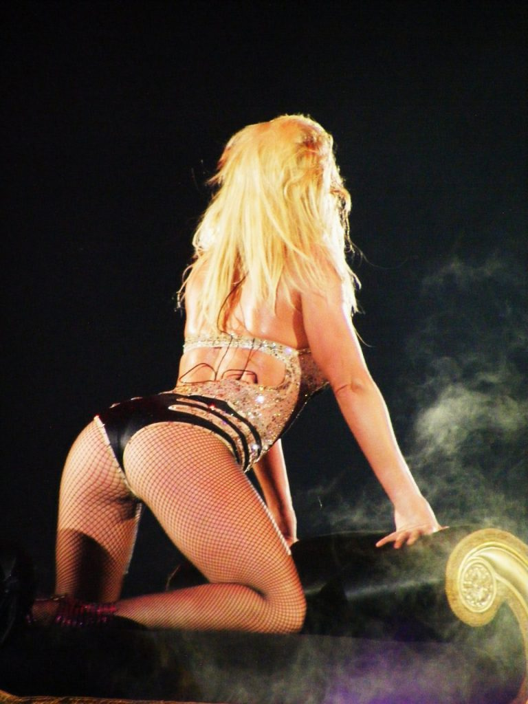 Britney Spears arched back booty