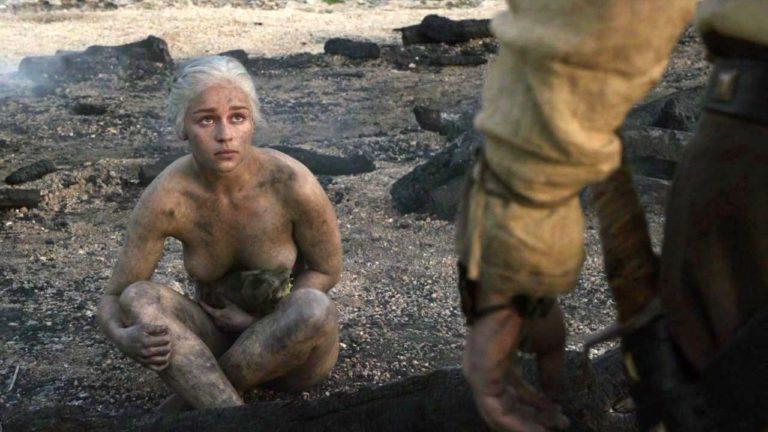 Emilia Clarke Extra Nude Scenes (2)