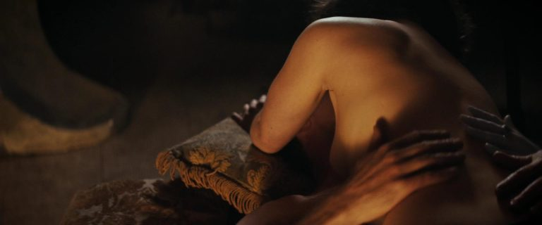 Emilia Clarke Naked - Voice From The Stone (18)