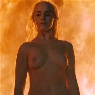 totally naked emilia clarke with a fire backdrop in game of thrones