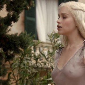 emilia clarke's nipples in game of throne