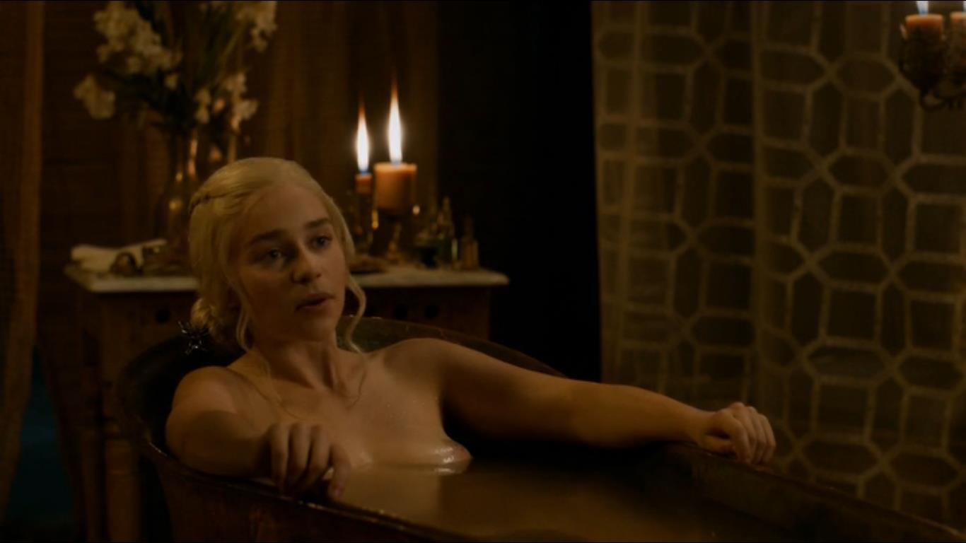 emilia clarke in a bathtub with her tits visible