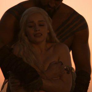 emilia clarke having sex in game of thrones