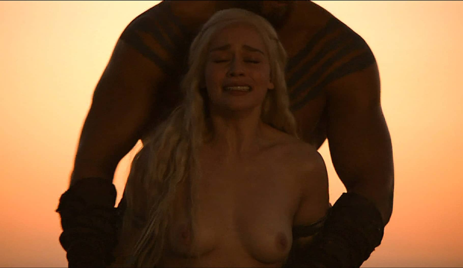 celeb emilia clarke nude pic of her getting fucked