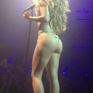 Lady Gaga Sexy Pics (13)