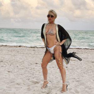 Lady Gaga Sexy Pics (2)