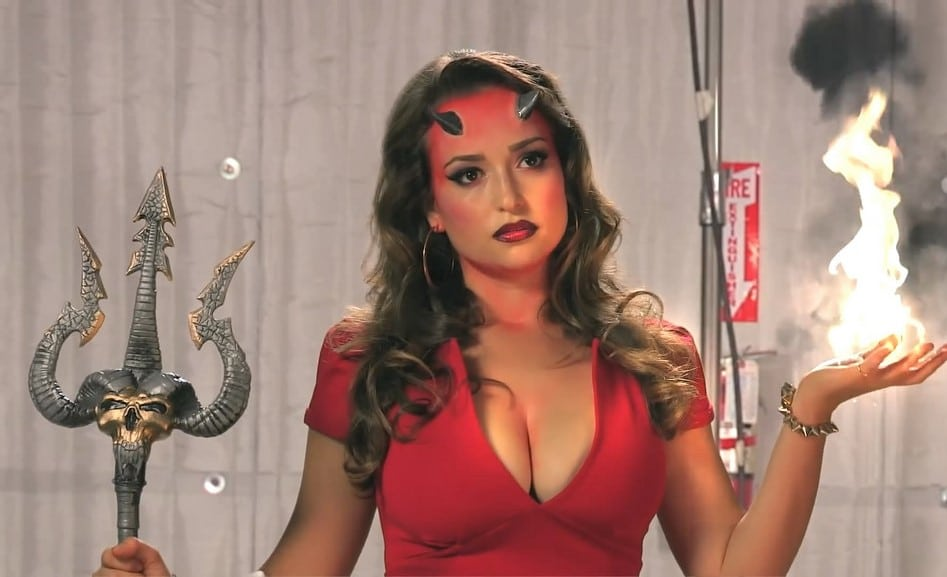 sexy milana vayntrub shows off her amazing bust in devil costume