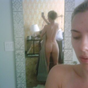 Scarlett Johansson nude leaks from the fappening (3)