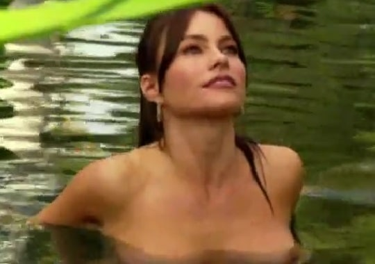 nipples peeping through the water of sofia vergara
