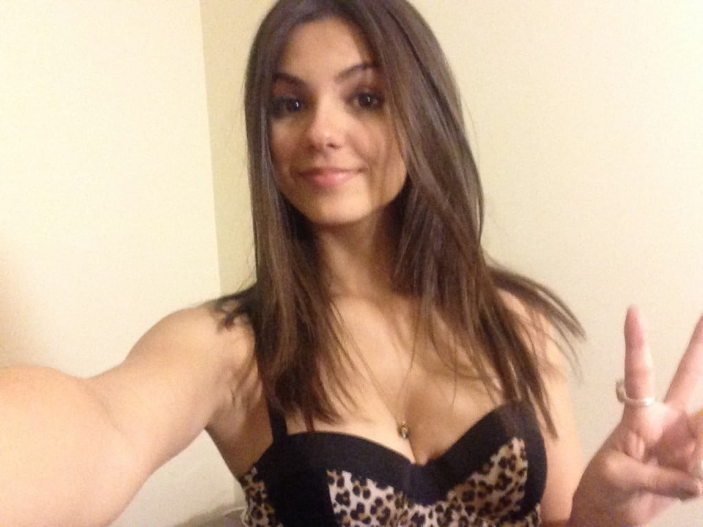 actress Victoria Justice nude fappening pic