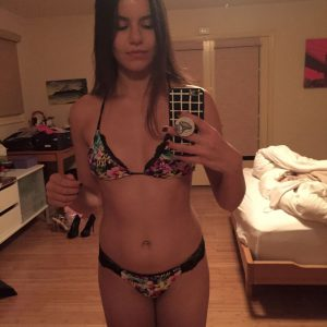 hot pic of victoria justice in bikini leaked mirror selfie