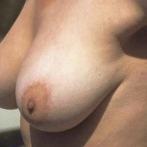 totally naked jennifer aniston boobs