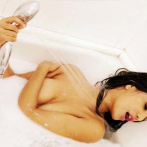 totally naked Poonam Pandey in bathtub
