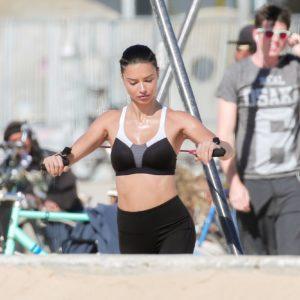 Adriana Lima | CelebrityRevealer 45