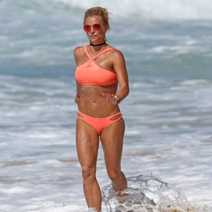tan Britney Spears in hot bikini at the beach