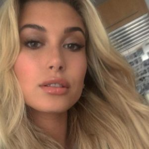 Hot! Hailey Baldwin Nudes (Yes, That Baldwin)