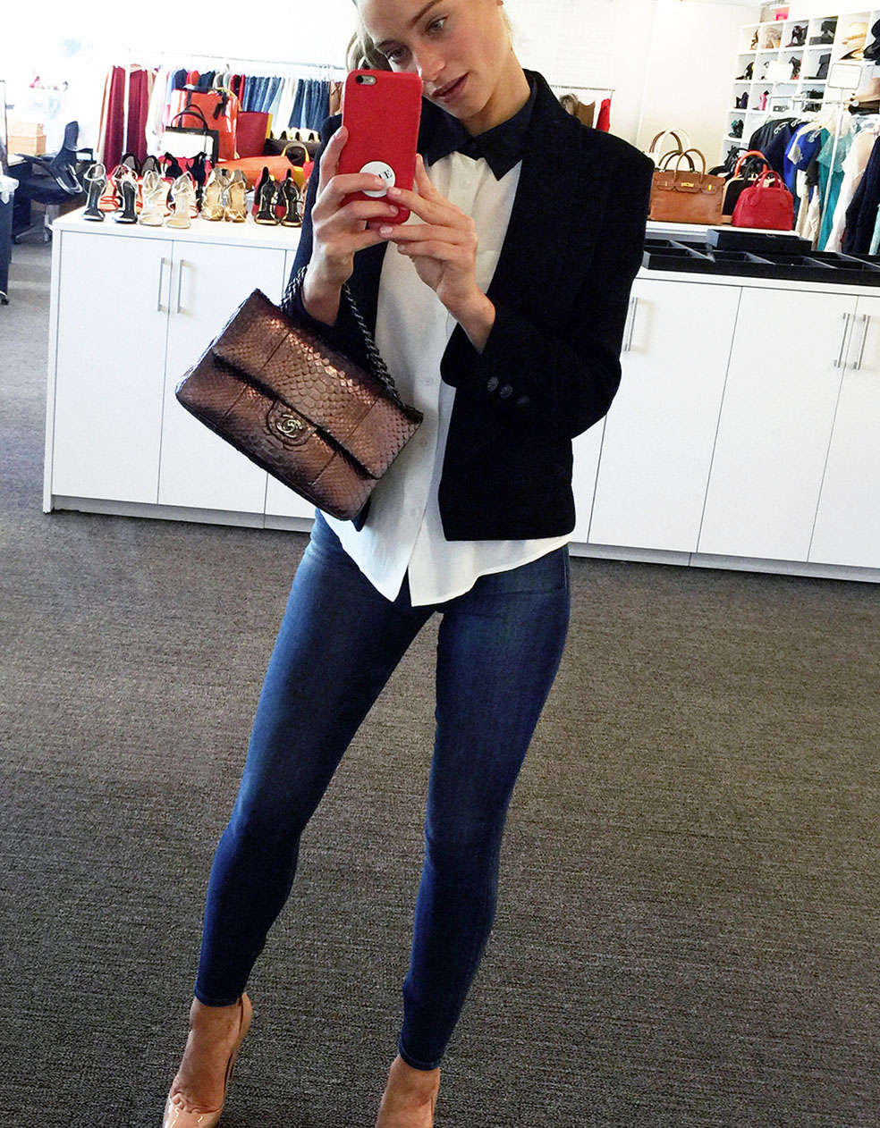 Hannah Davis selfie in tight jeans