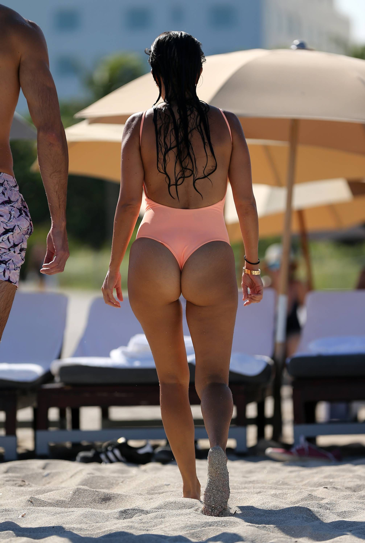 Robert Kardashian Girlfriend Nude