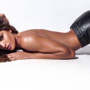 WOW! Model Izabel Goulart Undressed