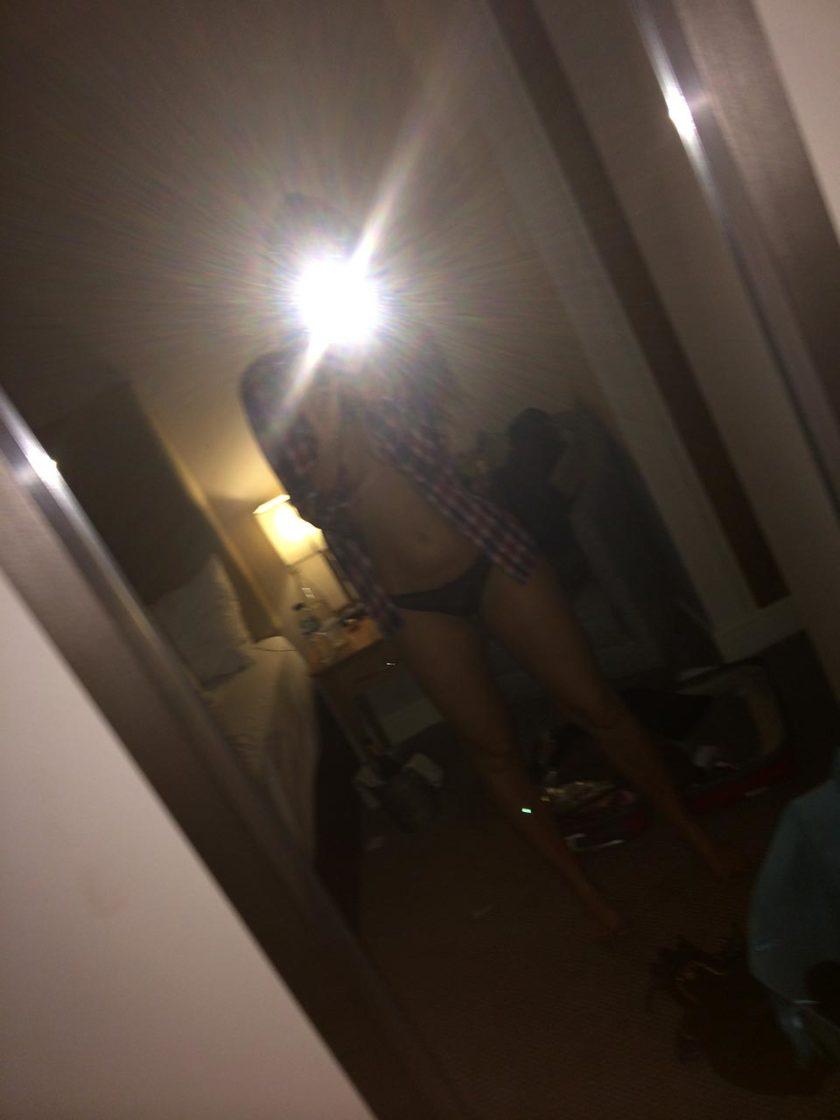 Jennifer Metcalfe leaked pic