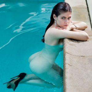 Alexandra Daddario booty