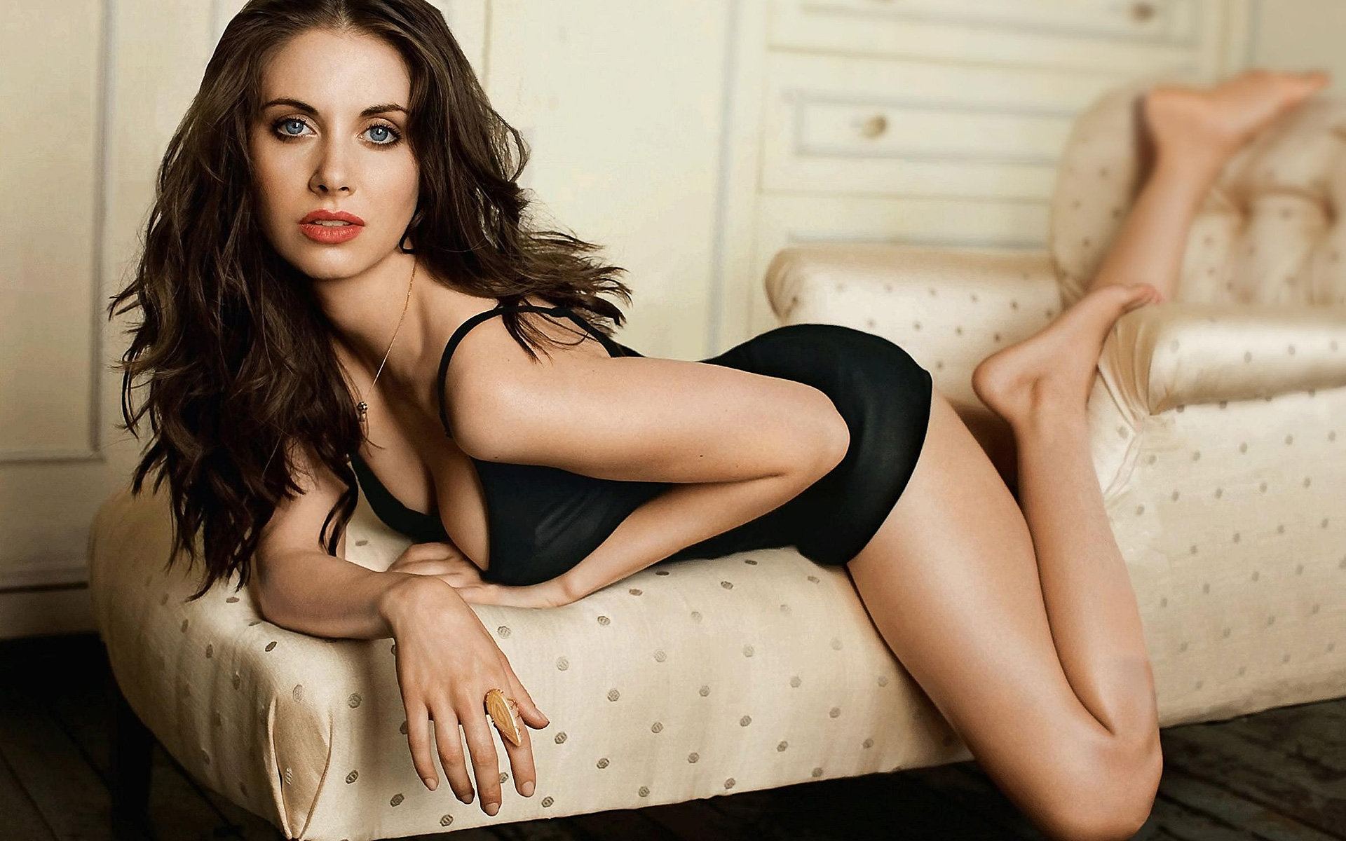 Alison Brie leaked fappening photo