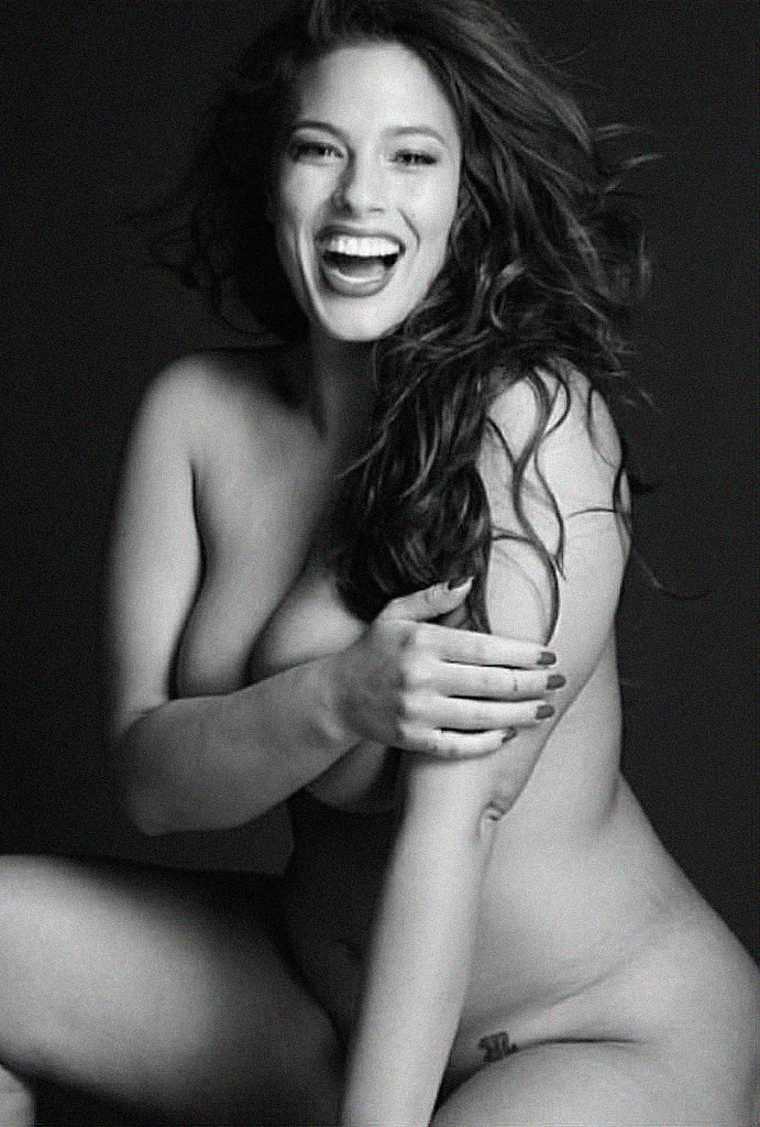 Ashley Graham nude photo leak