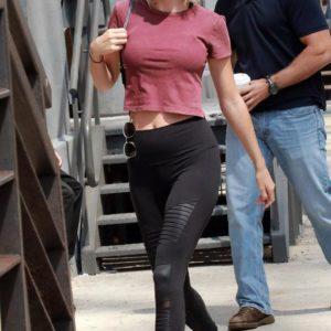 Taylor Swift big boobs